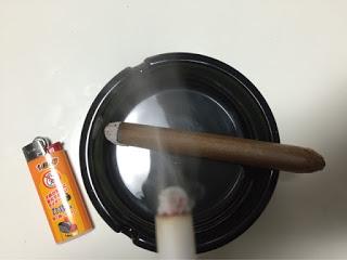 偽タバコと偽葉巻
