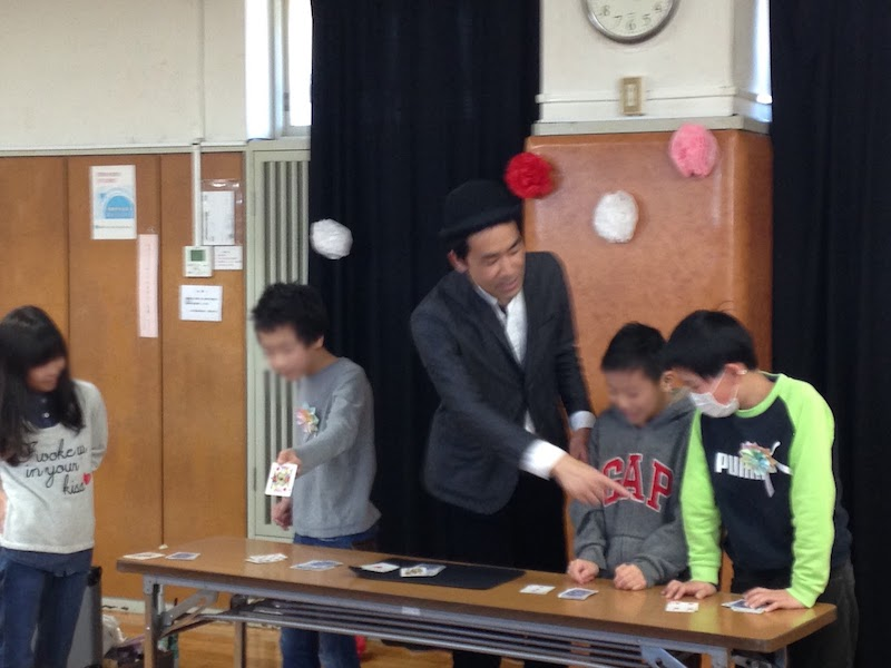 子ども会の『6年生を送る会』へマジシャン出張 派遣 in 神奈川県横浜市