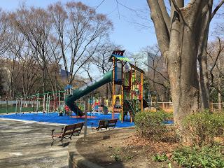 新宿中央公園の新しい遊具