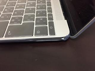 moshi モシ  mo-igz-12cl MacBook 12に装着 横から