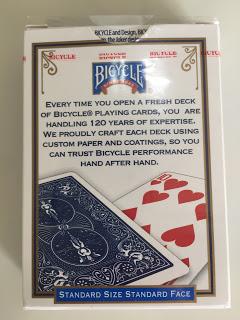 バイシクルのカードボックスのセロファンの開封