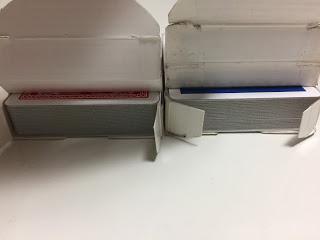 トランプのカードボックスのセロファンの開封 汚れていないカード