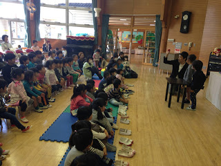 幼稚園でスポンジボールマジック / マジシャンえいち
