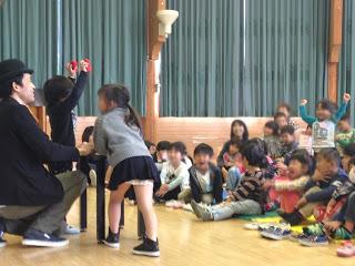 幼稚園で増えるスポンジボール / マジシャンひろしつちや
