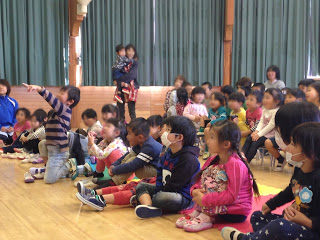 幼稚園の園児 / マジシャンえいち