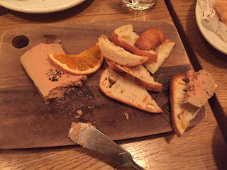 パンにオレンジ
