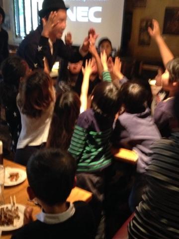 子供向けマジックショーをレストランで2