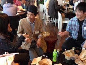 企業イベントでテーブルホッピングマジック