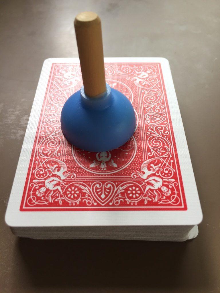 プランジャー(スッポン)とトランプカード