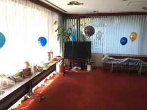 お誕生日会で風船で飾り付け マジシャン出張・派遣