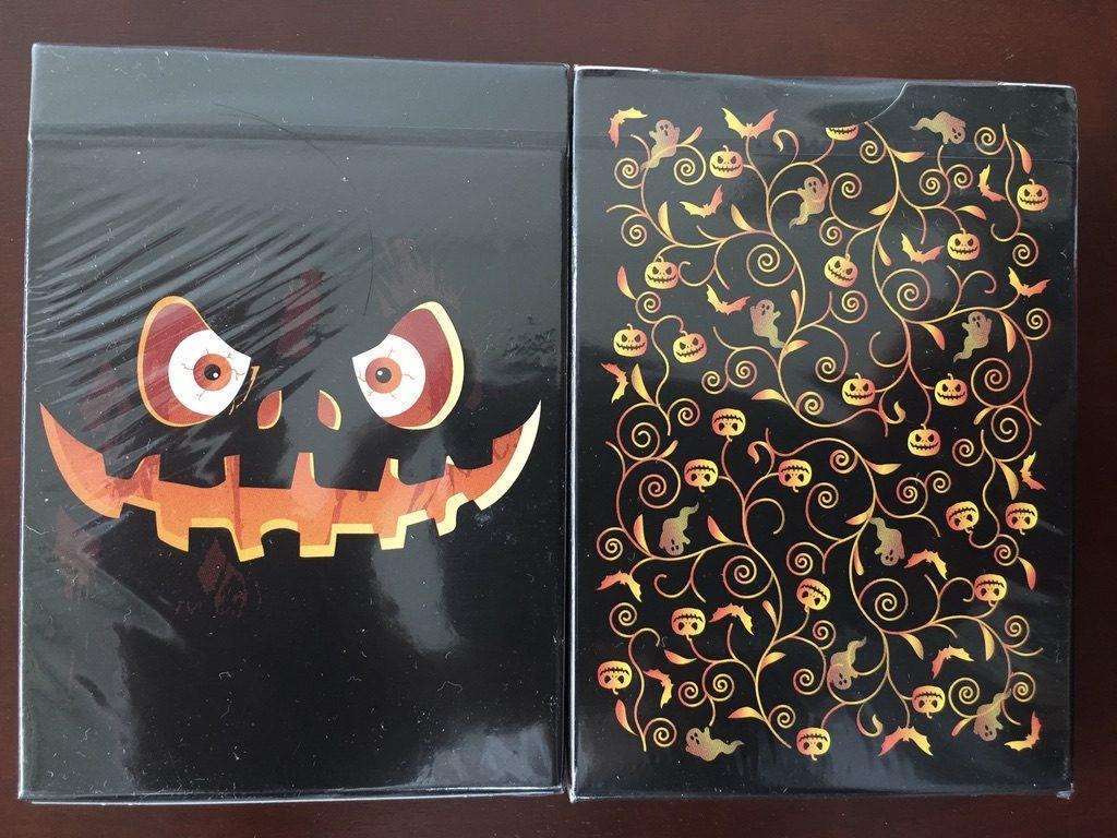 ハロウィーンデザインのトランプカード