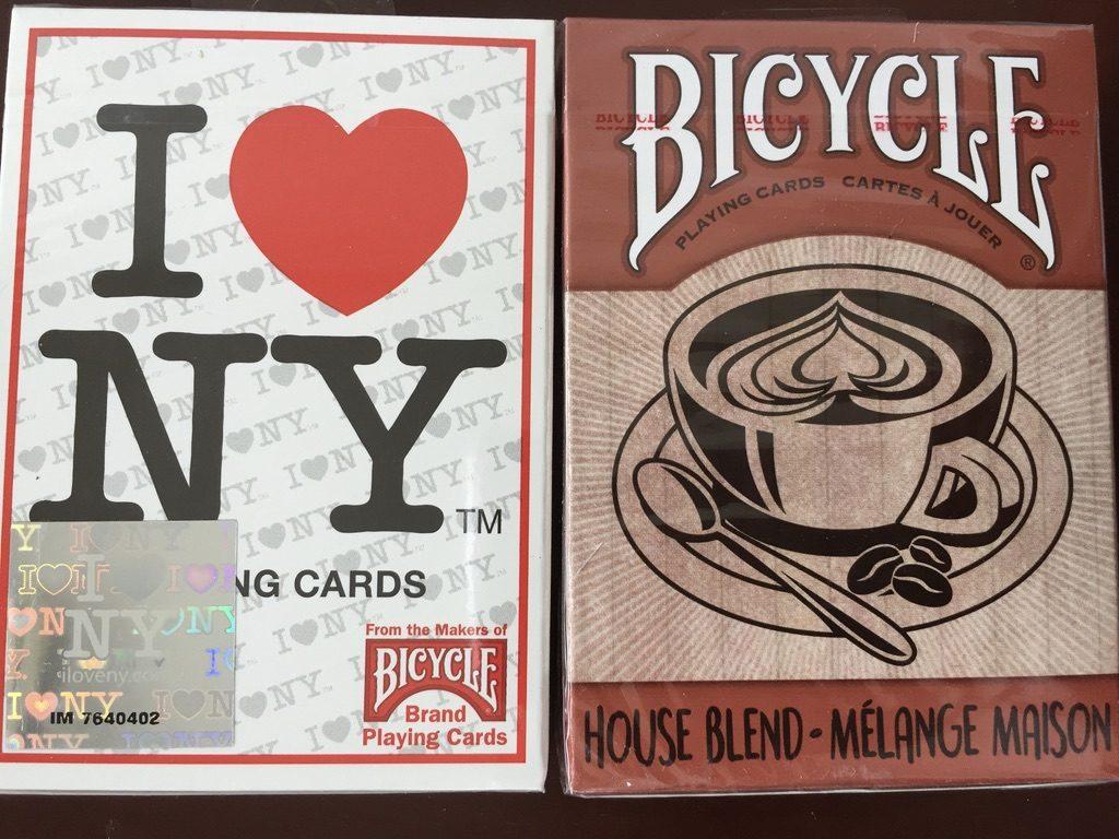 i love new yorkとコーヒーをあしらったかトランプ