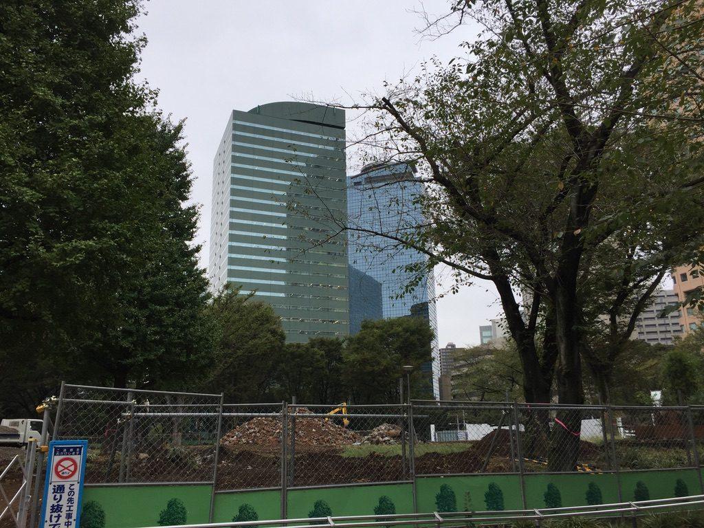 工事中の新宿中央公園