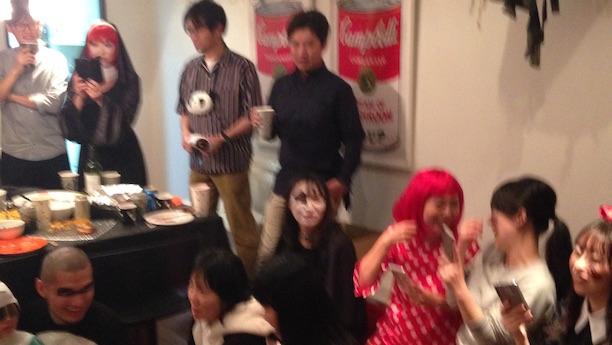 ハロウィーンホームパーティーでマジックショー マジシャン出張派遣