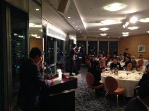 企業の新年会のお客様イベントでマジックショー