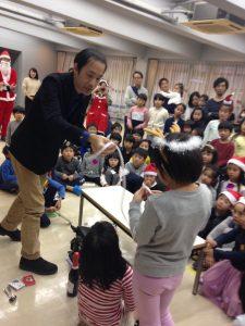子ども会のクリスマス会でマジシャン派遣 ロープマジック