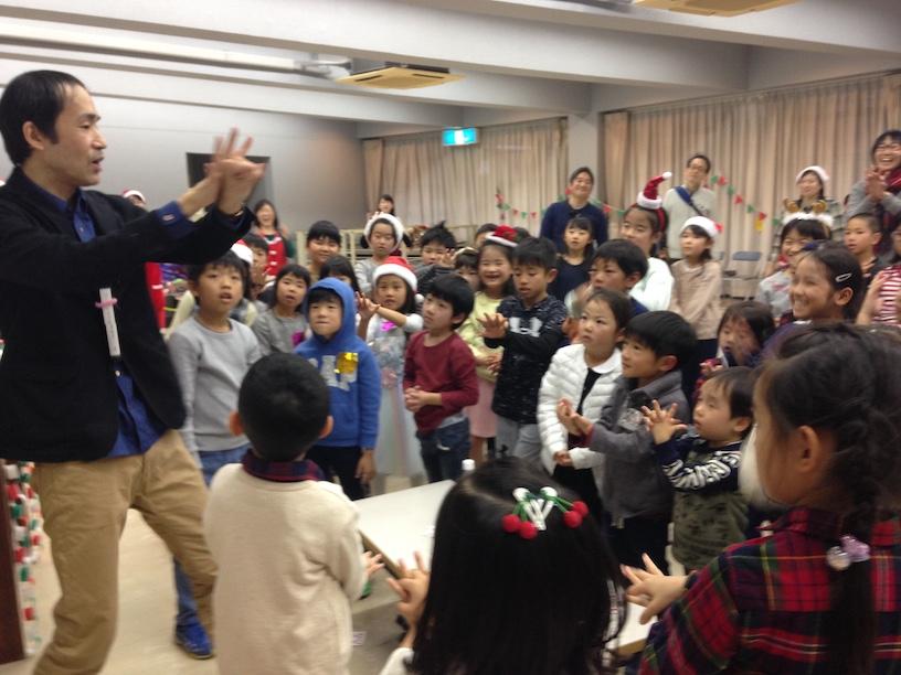 子ども会のクリスマス会でマジシャン派遣 ボディーマジック