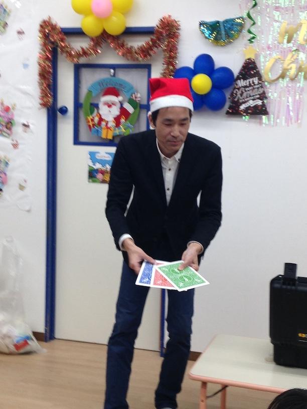 イングリッシュスクールイマジンJAPAN南行徳児童園のクリスマスパーティー ジャンボカード