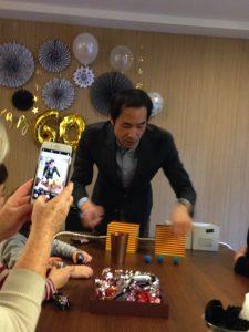 還暦のお誕生日パーティー 不思議な箱のマジック