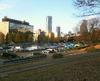 日曜日の代々木公園の駐車場