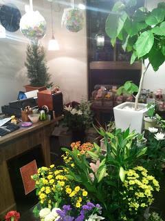 新宿下落合にあるフラワーショップ葉織 店内