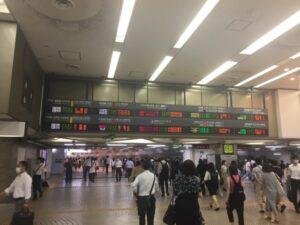新宿駅の新しい東西自由通路 西口側