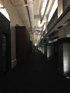 新しくなった高架下エリア 職場のバーベキューパーティーにマジシャン出前/デリバリー 江東区豊洲