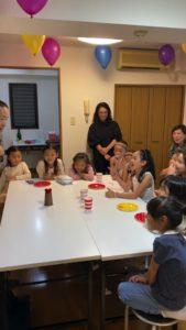 何か怪しかったですかね? 8歳の娘さんのお誕生会でマジシャンの出張/派遣マジックショー 東京都港区