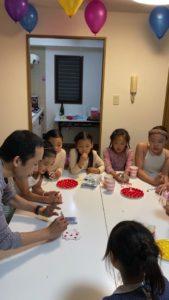 誕生日の特別マジック 8歳の娘さんのお誕生会でマジシャンの出張/派遣マジックショー 東京都港区