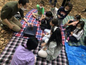 カップアンドボール 8歳になる娘さんのバースデー会でマジシャン出張/派遣マジックショー 目黒区 林試の森公園