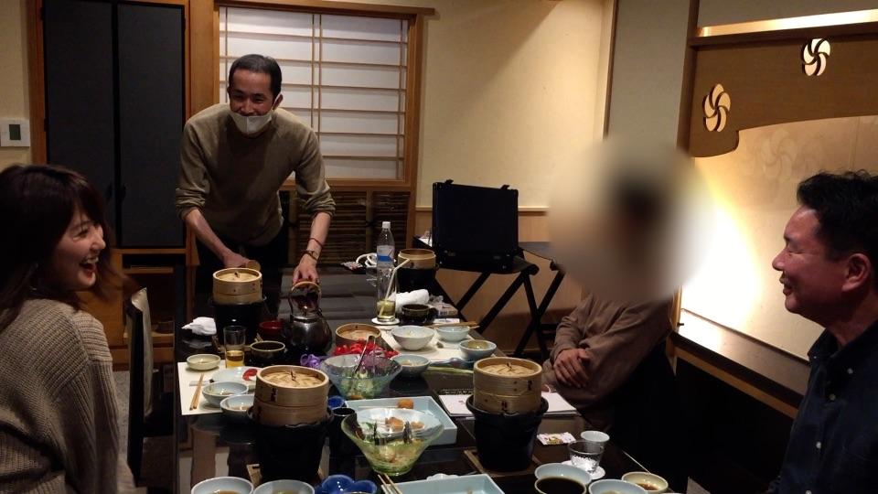 素敵な笑顔 大人の誕生会でマジシャン出張マジックショー 神奈川県横浜市泉区