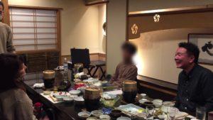 騙してすいません 大人の誕生会でマジシャンのマジックショー 神奈川県横浜市泉区