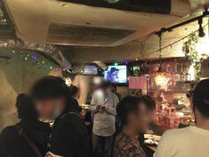 タイ フードパブCONROW店内 配達員の方の忘年会にマジシャンデリバリー 東京都渋谷区道玄坂