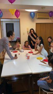 何かがわかっちゃったようです 8歳の娘さんのお誕生会でマジシャンの出張/派遣マジックショー 東京都港区