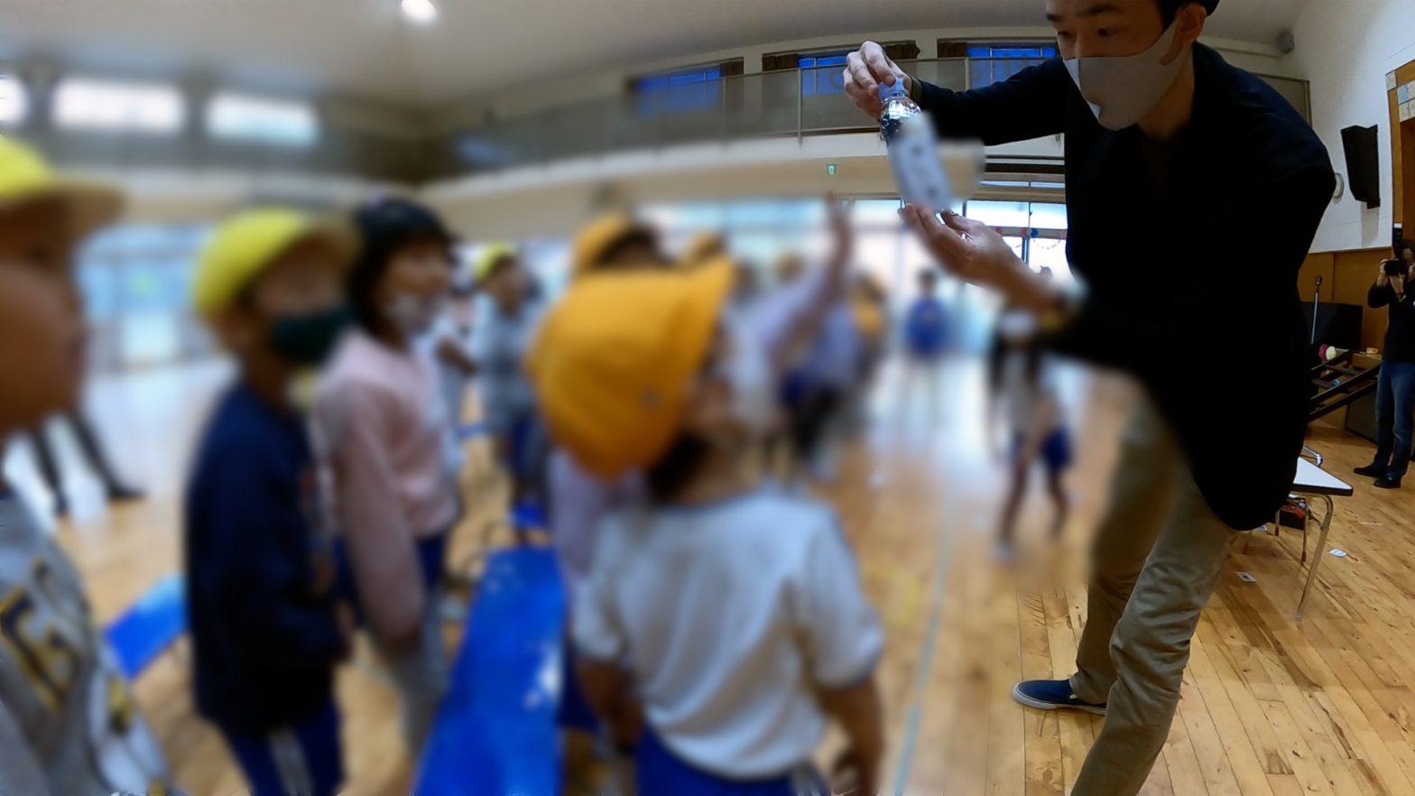 幼稚園の年長向けイベントでマジシャン出張/派遣マジックショー in 東京都東村山市